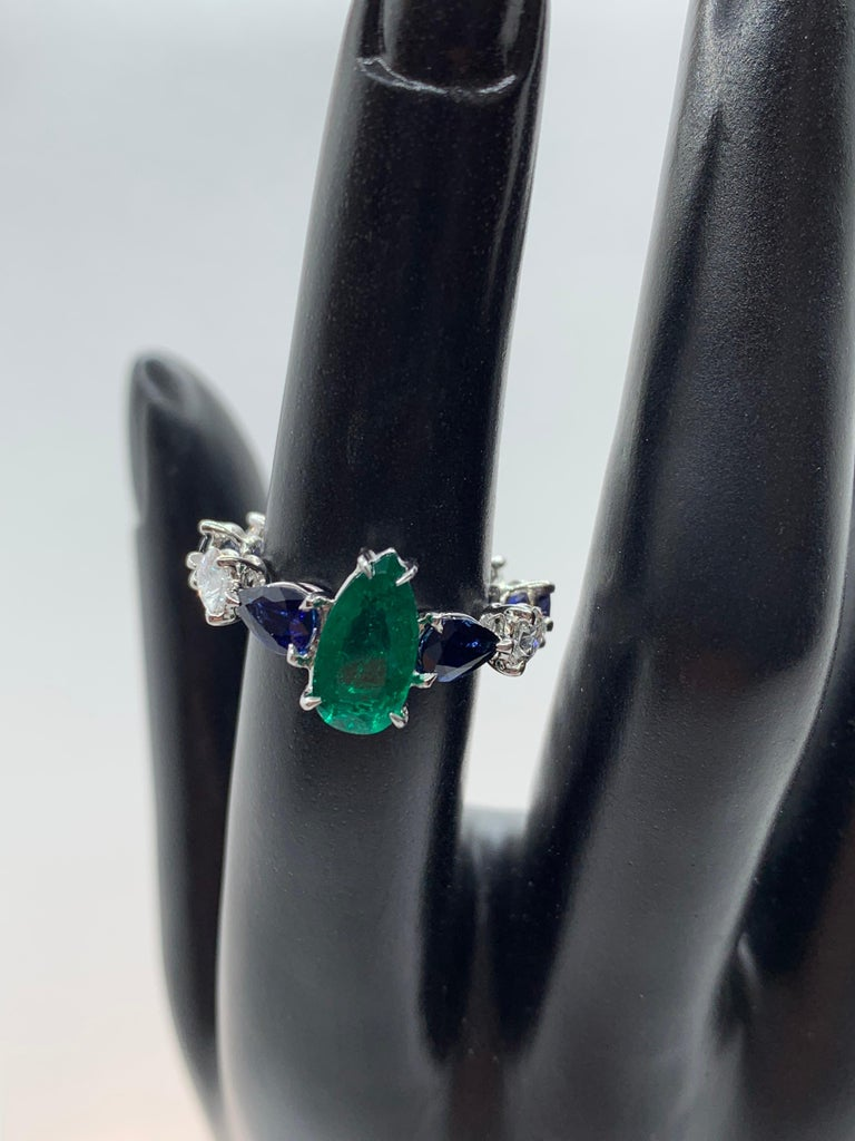 Emerald Sapphire and Pear Shaped Diamond Ring In New Condition For Sale In New York, NY