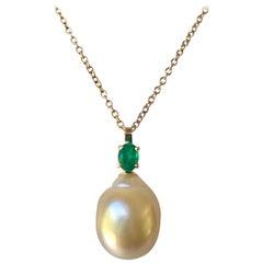 Emerald South Sea Pearl Pendant Necklace 18 Karat