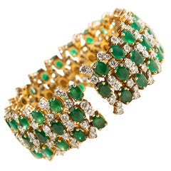Emerald Spring Bracelet with Diamonds in 18kt Gold