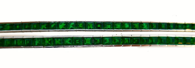 Emerald White Gold Tennis Line Bracelet Duo, Meister, 1970s For Sale 1
