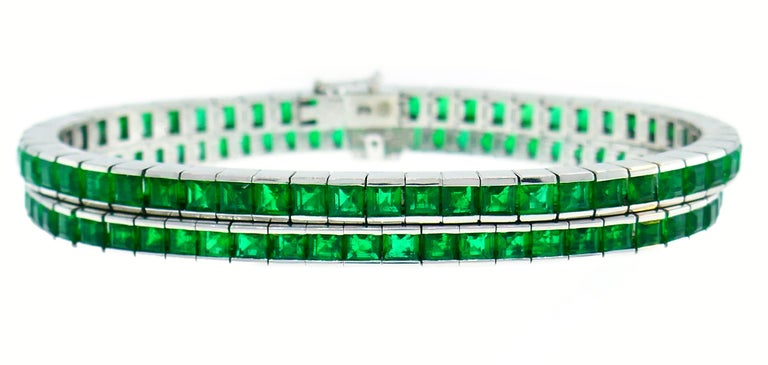 Emerald White Gold Tennis Line Bracelet Duo, Meister, 1970s For Sale 3