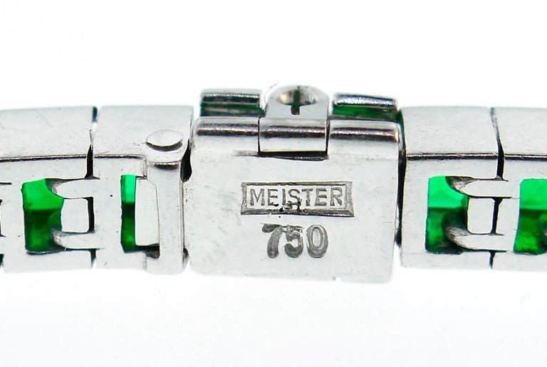 Emerald White Gold Tennis Line Bracelet Duo, Meister, 1970s For Sale 5