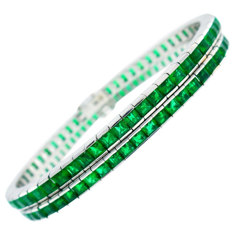 Emerald White Gold Tennis Line Bracelet Duo, Meister, 1970s For Sale