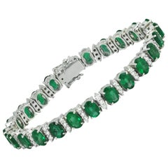 Emerald with Diamond Bracelet Set in 18 Karat White Gold Settings