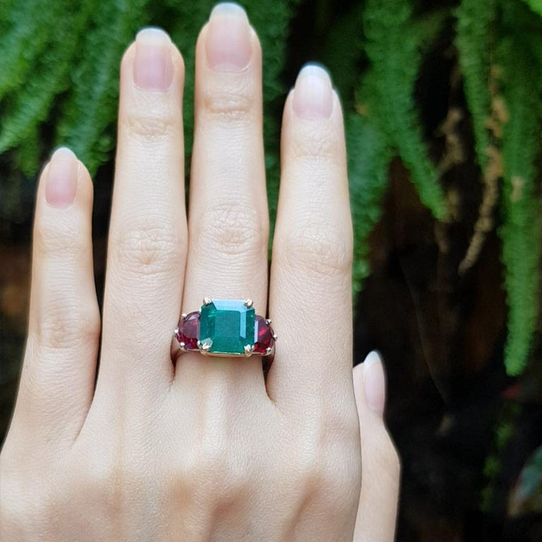 Emerald 2.85 carats with Ruby 2.09 carats Ring set in Platinum 950 settings   Width: 2.0 cm Length: 1.1 cm  Ring Size: 57