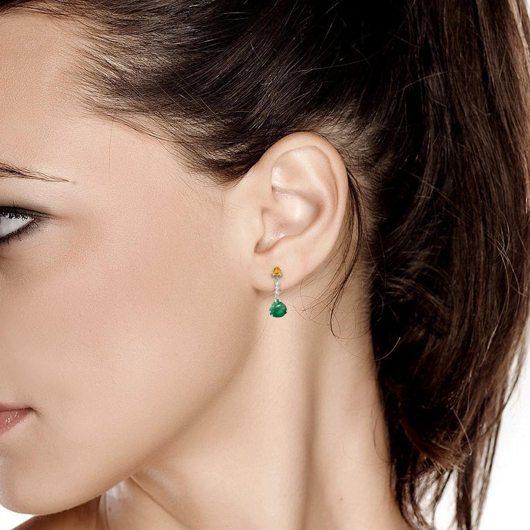 Cabochon Emerald Yellow Sapphire Diamond Gold Drop Earrings Weighing 5.81 Carat In New Condition For Sale In New York, NY