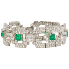 Emeralds 4.80 Carat and Diamonds 7.80 Carat Platinum Bracelet