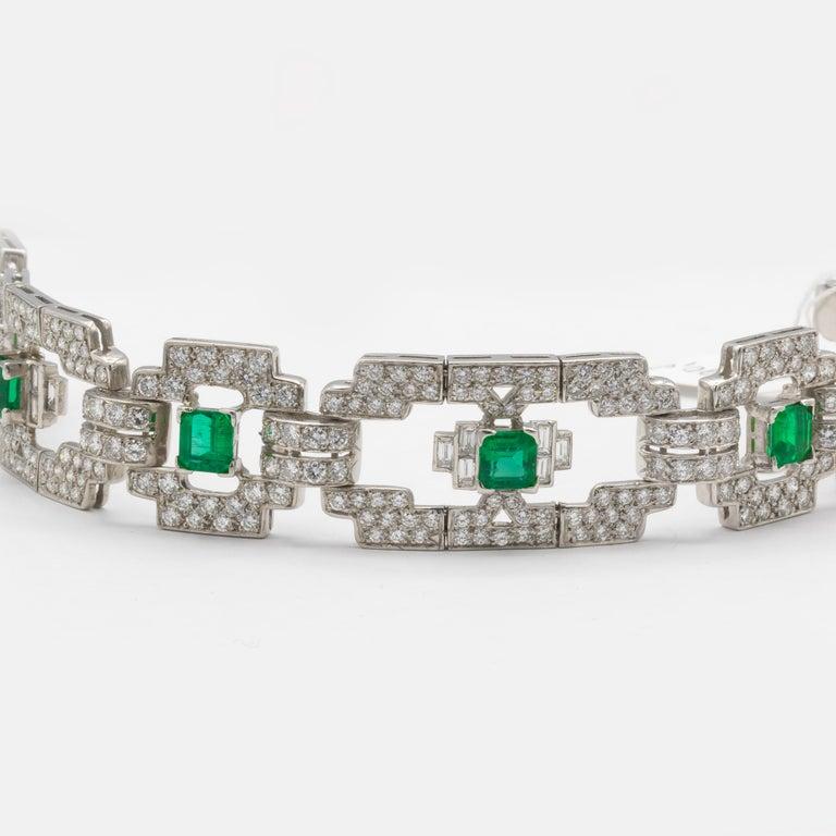 Emeralds 4.80 Carat and Diamonds 7.80 Carat Platinum Bracelet In Excellent Condition For Sale In Carlsbad, CA
