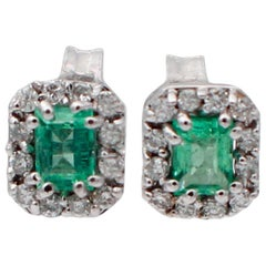 Emeralds, Diamonds, 18 Karat White Gold Stud Earrings