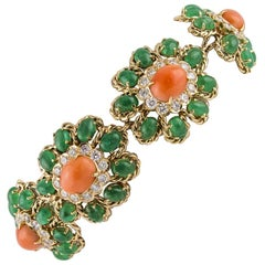 Emeralds Diamonds Oval Shape Pink Corals, Rose Gold, Flower Theme Retrò Bracelet