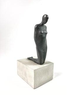 Kneeling Woman Resin