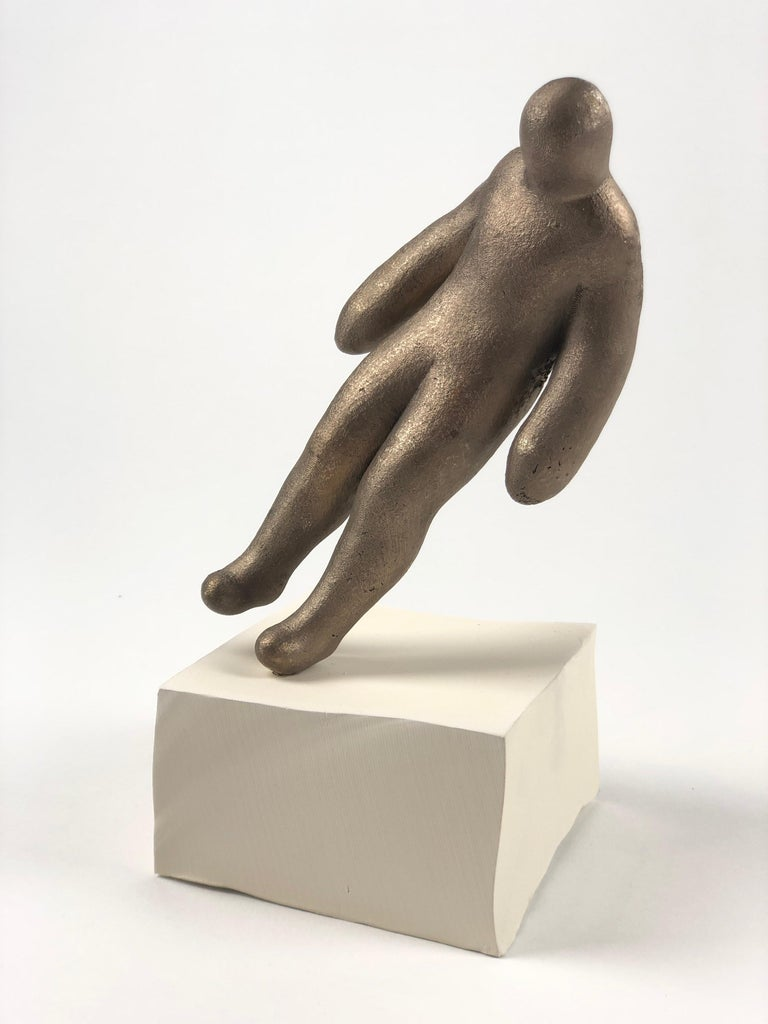 Emil Alzamora was born in Lima, Peru 1975, and raised in Boca Grande, Florida. He later attended Florida State University where he graduated Magna cum Laude in 1998 earning a Bachelor's Degree in Fine Arts. Alzamora started his sculpting career in