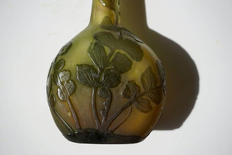 Emile Gallé French Art Nouveau Cameo Glass Vase For Sale 4