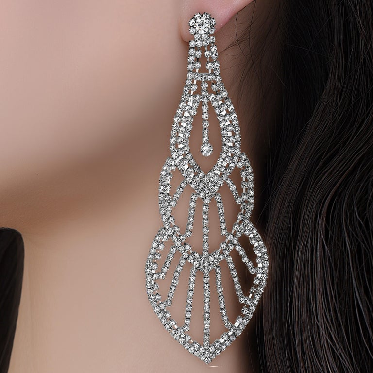 Emilio Jewelry 110.00 Carat Diamond Red Carpet Earrings In New Condition For Sale In New York, NY
