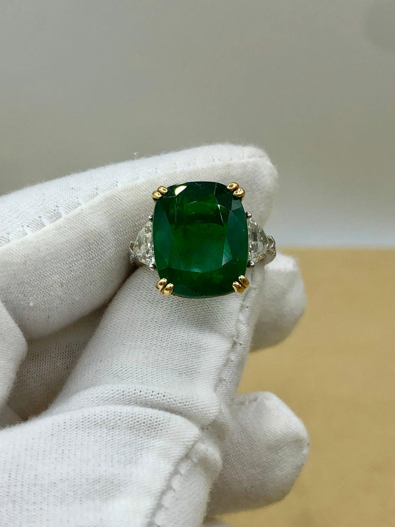 Emilio Jewelry 12.27 Carat Certified Genuine Emerald Diamond Ring For Sale 5