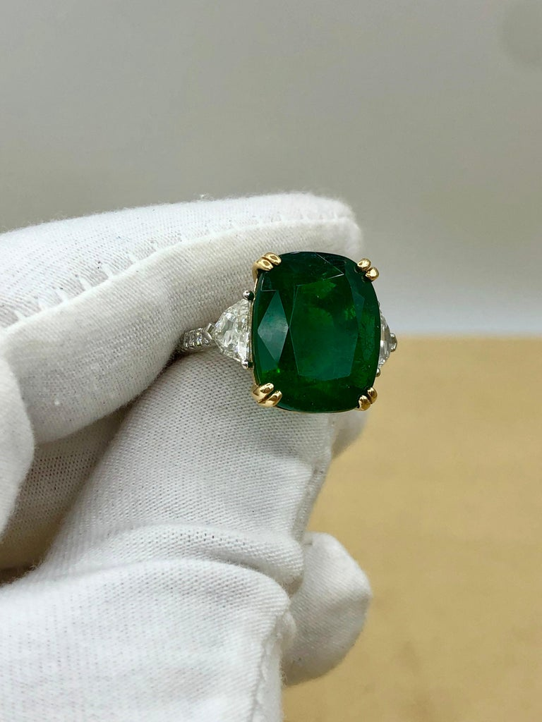Emilio Jewelry 12.27 Carat Certified Genuine Emerald Diamond Ring For Sale 6