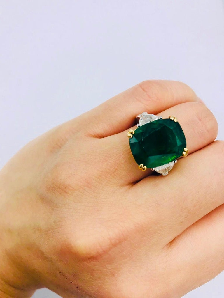 Emilio Jewelry 12.27 Carat Certified Genuine Emerald Diamond Ring For Sale 12