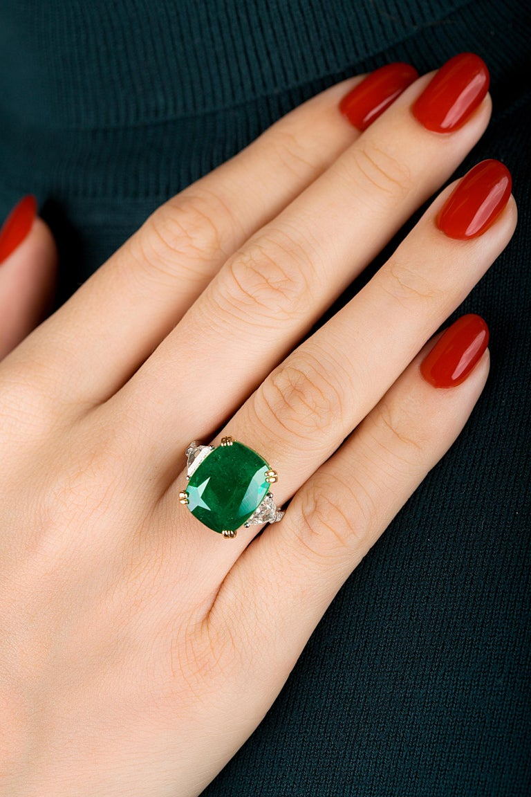 Emilio Jewelry 12.27 Carat Certified Genuine Emerald Diamond Ring For Sale 3