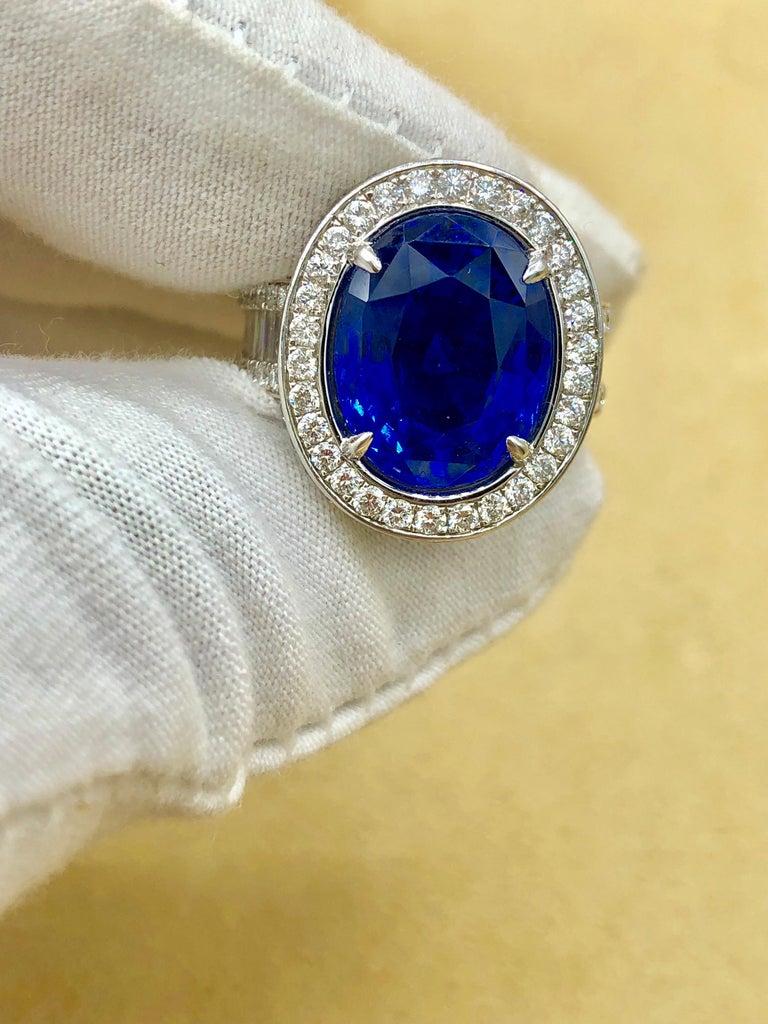 Emilio Jewelry 12.70 Carat Unheated Certified Ceylon Sapphire Diamond Ring For Sale 15