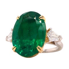 Emilio Jewelry 12.92 Carat Vivid Green Oval Emerald Diamond Ring