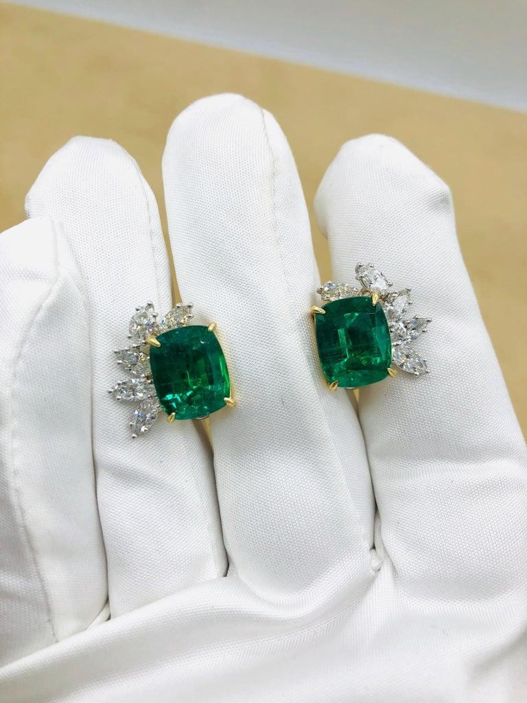 Emilio Jewelry 14.62 Carat Certified Vivid Green Emerald Diamond Earrings For Sale 6
