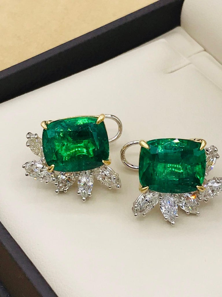 Emilio Jewelry 14.62 Carat Certified Vivid Green Emerald Diamond Earrings For Sale 1