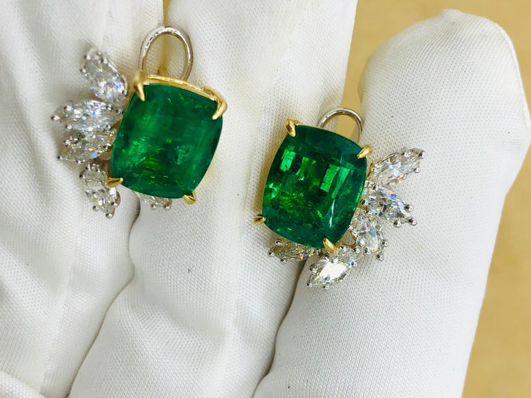 Emilio Jewelry 14.62 Carat Certified Vivid Green Emerald Diamond Earrings For Sale 2
