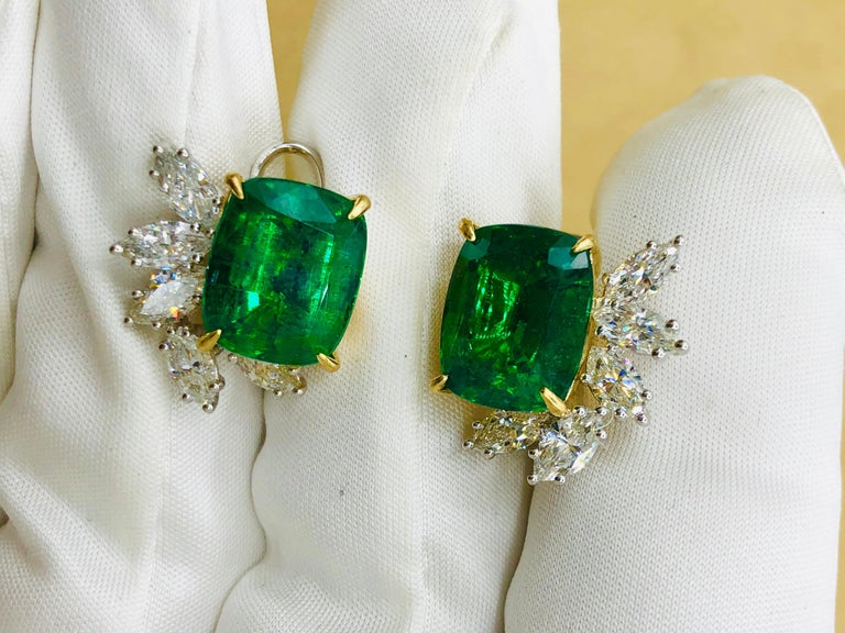Emilio Jewelry 14.62 Carat Certified Vivid Green Emerald Diamond Earrings For Sale 4
