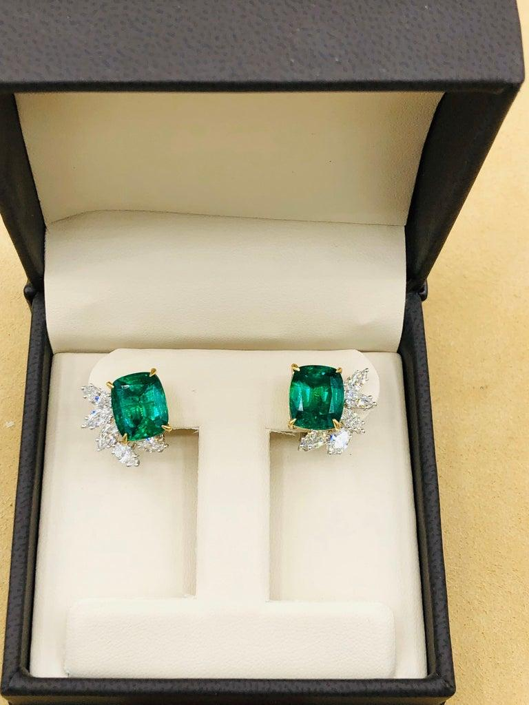 Emilio Jewelry 14.62 Carat Certified Vivid Green Emerald Diamond Earrings For Sale 5