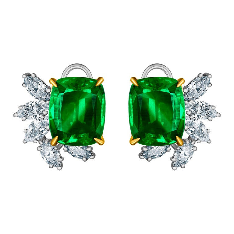 Emilio Jewelry 14.62 Carat Certified Vivid Green Emerald Diamond Earrings For Sale