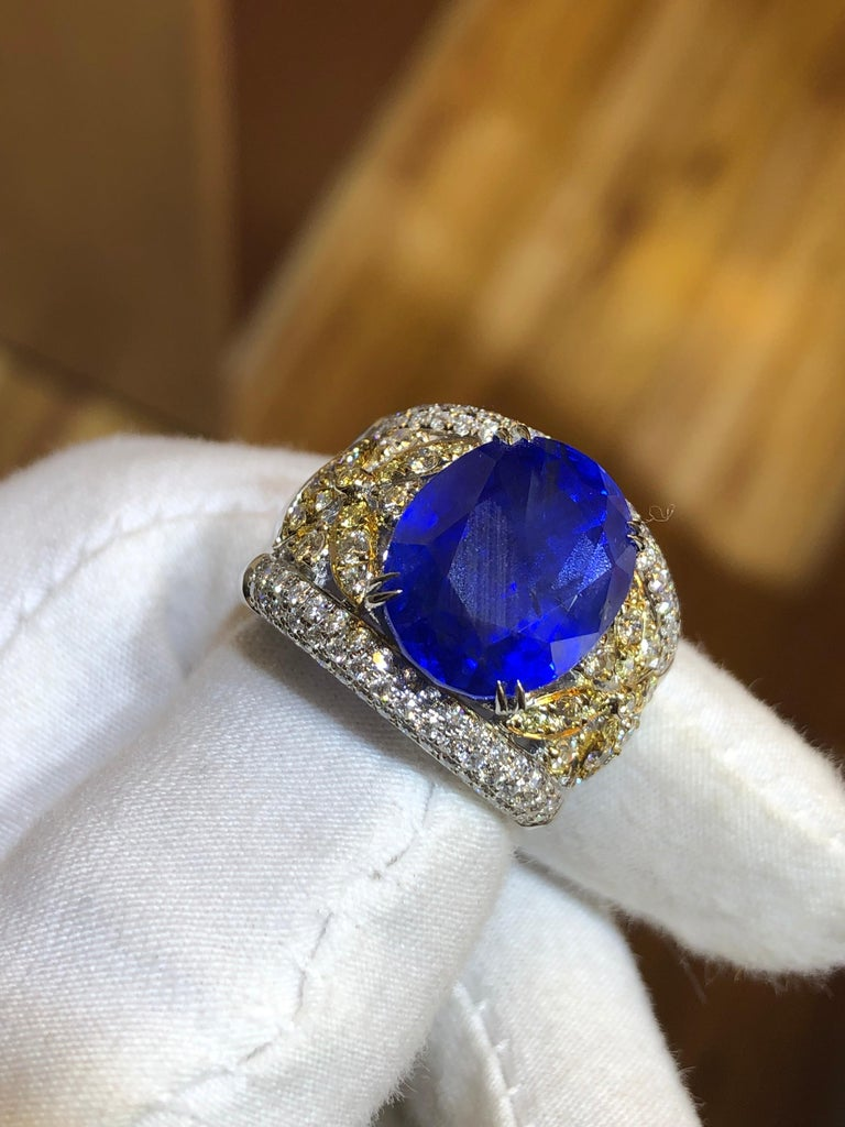 Emilio Jewelry 17.00 Carat AGL Certified Unheated Ceylon Sapphire Diamond Ring For Sale 7