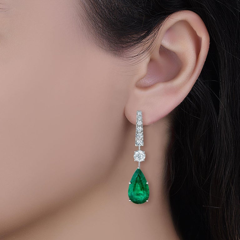 Emilio Jewelry 17.06 Carat Vivid Green Pear Shape Emerald Diamond Earrings In New Condition For Sale In New York, NY