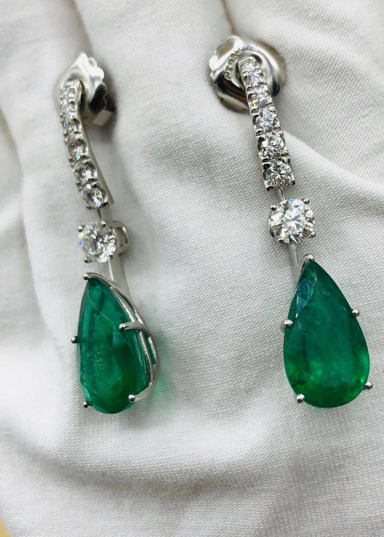 Emilio Jewelry 17.06 Carat Vivid Green Pear Shape Emerald Diamond Earrings For Sale 4