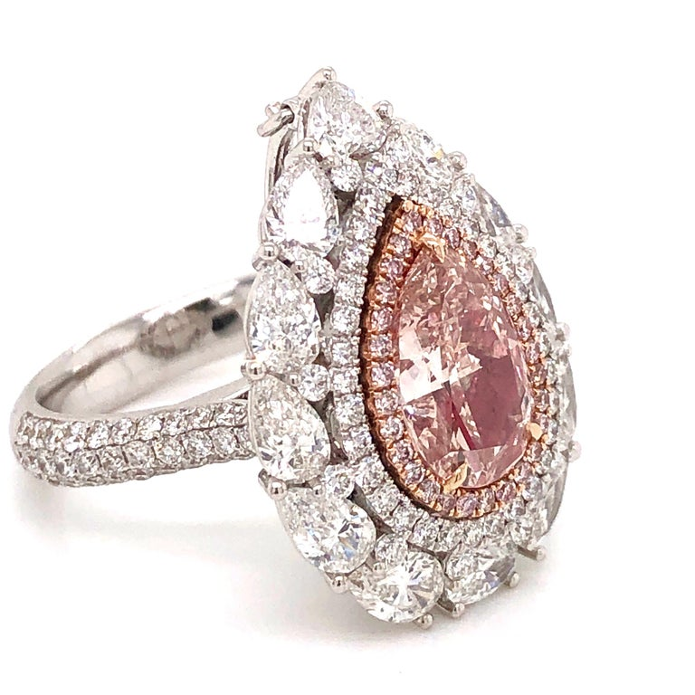 Emilio Jewelry 2.00 Carat Fancy Pink Diamond Ring In New Condition For Sale In New York, NY