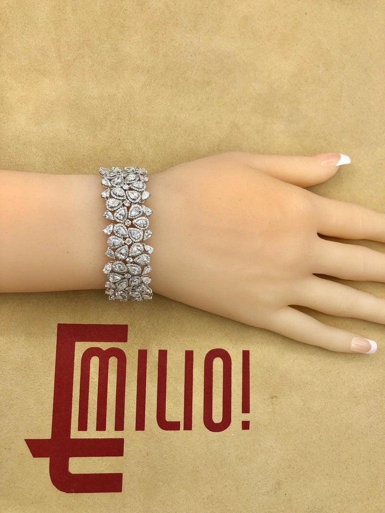 Women's or Men's Emilio Jewelry 22.20 Carat Pear Shape Diamond Bracelet For Sale