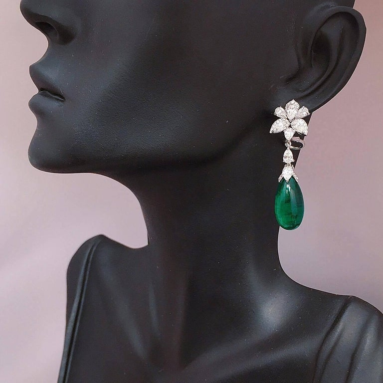 Emilio Jewelry 25.21 Carat Oval Cabochon Emeralds Diamonds Gold Earrings In New Condition For Sale In New York, NY