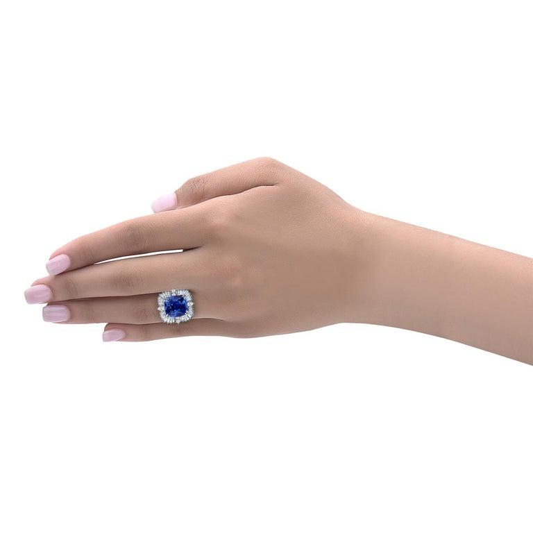 Emilio Jewelry 25.65 Carat Unheated AGL Certified Ceylon Sapphire Diamond Ring For Sale 4