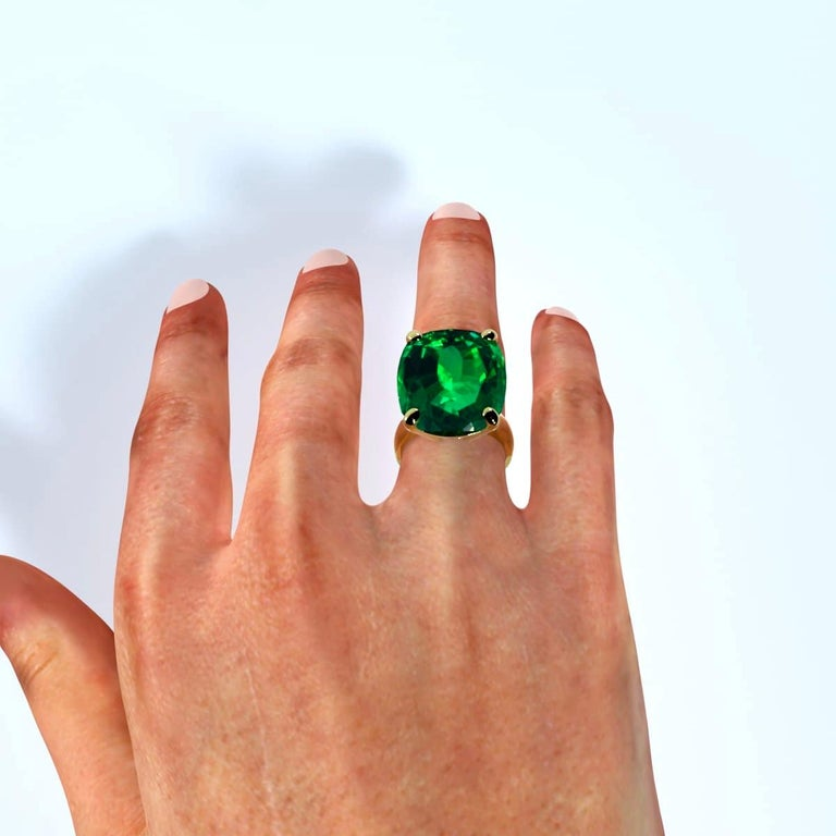 Emilio Jewelry 26.46 Carat Emerald Ring For Sale 2