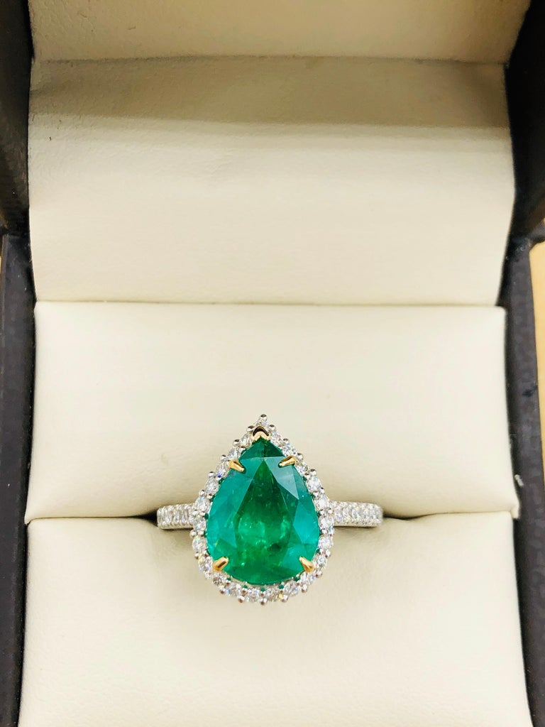 Emilio Jewelry 2.95 Carat Certified Vivid Green Emerald Diamond Ring 2