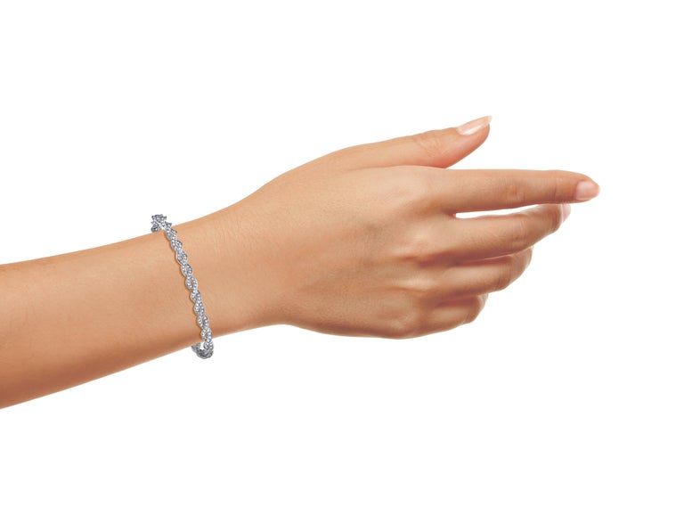 """Approx. 3.00 carats total weight diamonds.The finest conflict free diamonds set in our unique endless diamond bracelet. Standard length is 6.75"""" however we can alter this bracelet to any size wrist. Set in 18kw gold.  Approx total weight: 3.00ct tw"""