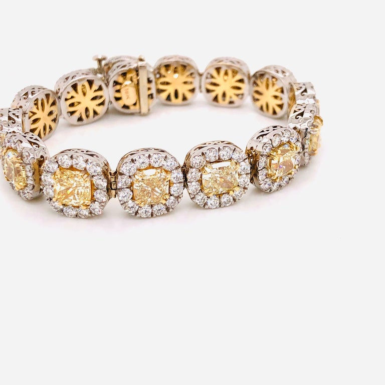 Emilio Jewelry 32.78 Carat Yellow Diamond Bracelet In New Condition In New York, NY