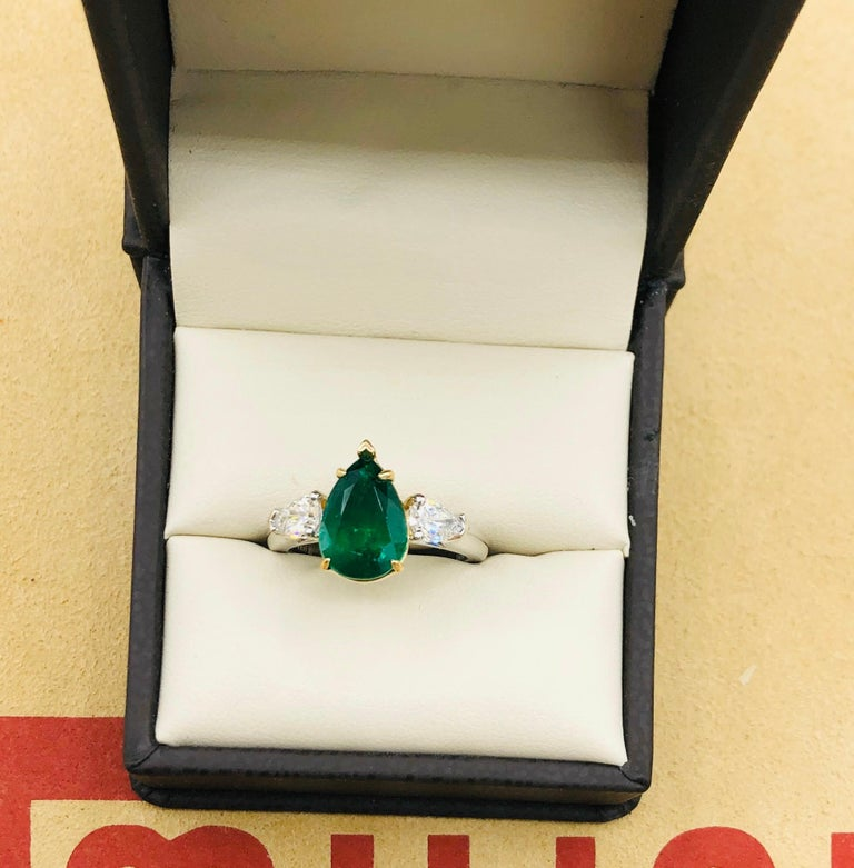 Emilio Jewelry 3.47 Carat Certified Vivid Green Emerald Diamond Ring For Sale 1