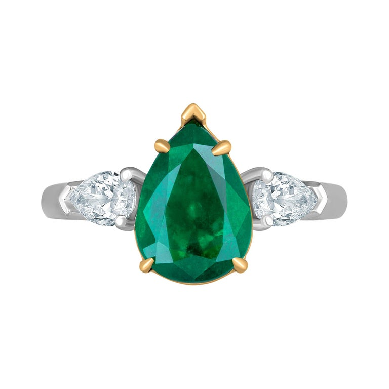 Emilio Jewelry 3.47 Carat Certified Vivid Green Emerald Diamond Ring For Sale