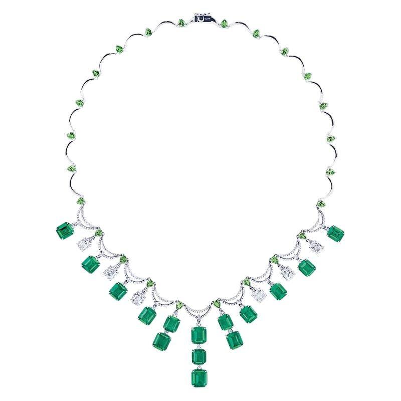 Emilio Jewelry 36 Carat Colombian Emerald Muzo Color Necklace