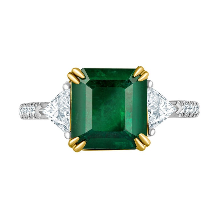 Emilio Jewelry 3.72 Carat Certified Vivid Green Emerald Diamond Ring For Sale