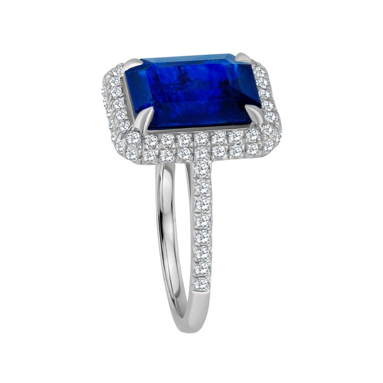 Emilio Jewelry 5.71 Carat Ceylon Sapphire Diamond Ring In New Condition For Sale In New York, NY