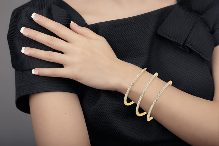 Women's Emilio Jewelry 5.87 Carat Stretchable Yellow Gold Cuff For Sale