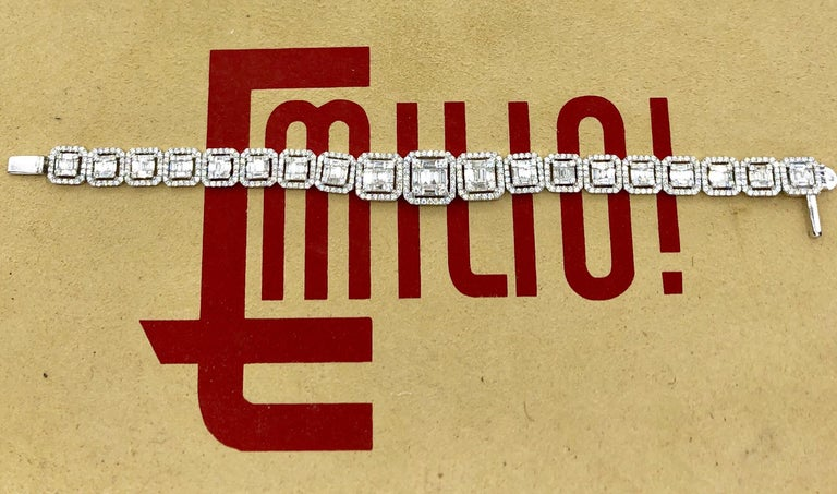 Emilio Jewelry 6.21 Carat Asscher Cut Diamond Illusion Bracelet In New Condition For Sale In New York, NY