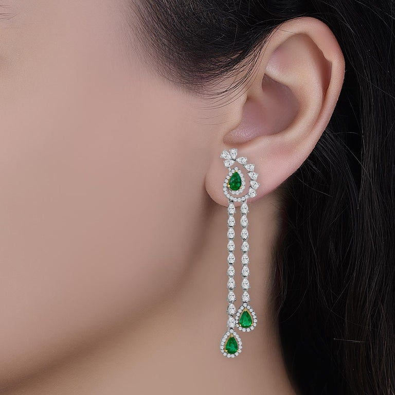 Emilio Jewelry 6.37 Carat Emerald Diamond Earrings In New Condition For Sale In New York, NY