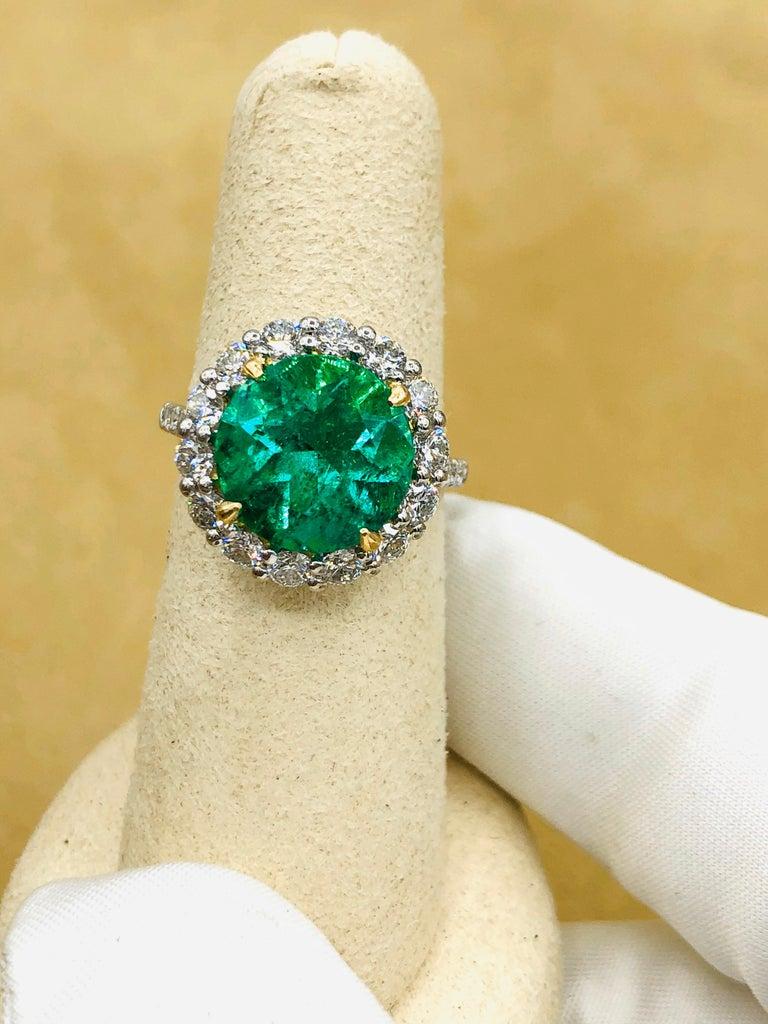 Emilio Jewelry 6.43 Carat Certified Colombian Emerald Diamond Ring For Sale 7